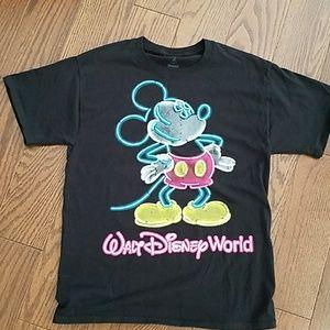 Walt Disney Parks Mickey tshirt